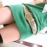 【逆さ撮り盗撮動画】タイトワンピースにヒョウ柄パンツを履いた派手なアパレル店員のパンチラ隠し撮りww