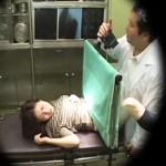 """【産婦人科盗撮動画】人妻に不妊治療と騙し""""濡れにくい体質では子供は出来ない""""と言い切るヤブ医者が中出しww"""