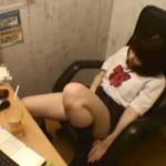 【ネカフェ盗撮動画】女子校付近にある漫画喫茶…ビデオ試写室代わりに使うオナニー女子校生ww