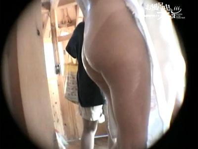【脱衣所隠撮動画】平日昼間のスーパー銭湯を隠しカメラ撮り…熟女や夏休み中の女の子を長時間撮影ww