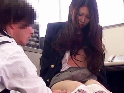 【JKレイプ盗撮動画】泣けば許される…そんな甘い考えが全く通用しない店長が通報で脅して女子校生をレイプww