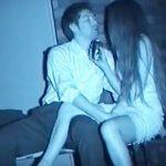 【青姦隠撮動画】深夜の真っ暗な場所でイチャつくカップル…酒を片手にセックス始める様子を赤外線カメラで撮影ww