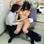 【万引き隠撮動画】心はまだまだ子供でも身体は発育した大人っぽい女子校生を脅して店長が犯す一部始終ww