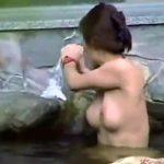 【露天風呂隠撮動画】見た目が人妻や熟女で賑わう女湯を隠し撮り…綺麗な肌の美熟女が多数ww