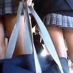 【学校盗撮動画】イジメを受けた同級生の仕業!?女子校に通うクラスメイトを足元から隠し撮りした流出映像…