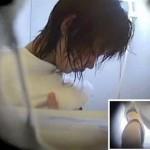 【シャワー盗撮動画】相当若く見える童顔な女の子が海の家シャワールームでの洗体を盗撮…アウト品か!?