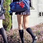 【JK街撮り盗撮画像】制服のスカート丈が一番短いと話題の茨城県と思われる半ケツ状態の女子校生ww