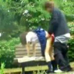 【青姦隠撮動画】親が見たら確実に泣く映像…学校サボって昼間の公園で立ちバックする女子校生ww
